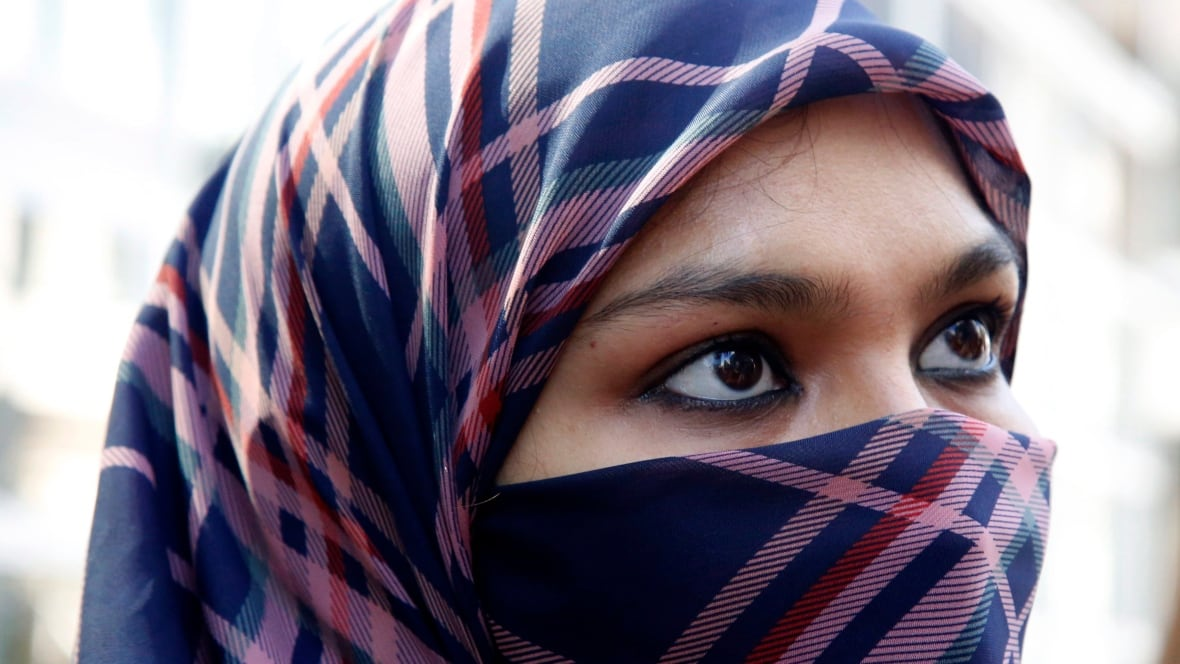 Quebec wants to ban face coverings for duration of any public service, including bus rides
