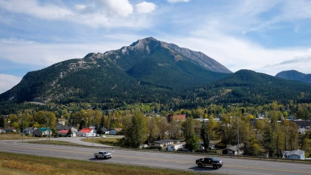 Two Calgary men have been charged with fraud and theft involving 800 people and a loss of $33 million in a proposed real estate development in the community of Crowsnest Pass.
