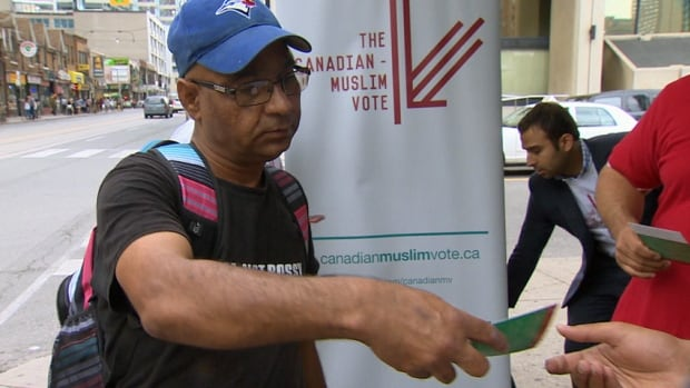 Canadian Muslim Vote has been handing out flyers throughout this federal election campaign with hopes of getting more Muslims to the polls.