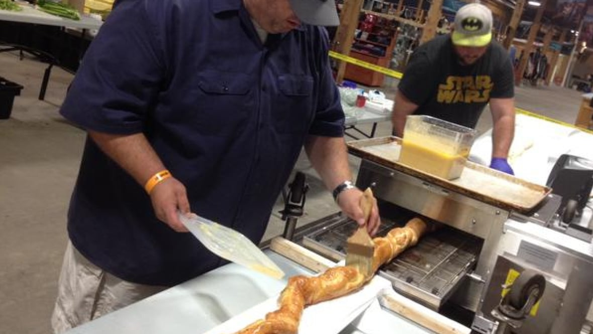 World's longest lobster roll record in question - Prince Edward Island - CBC News