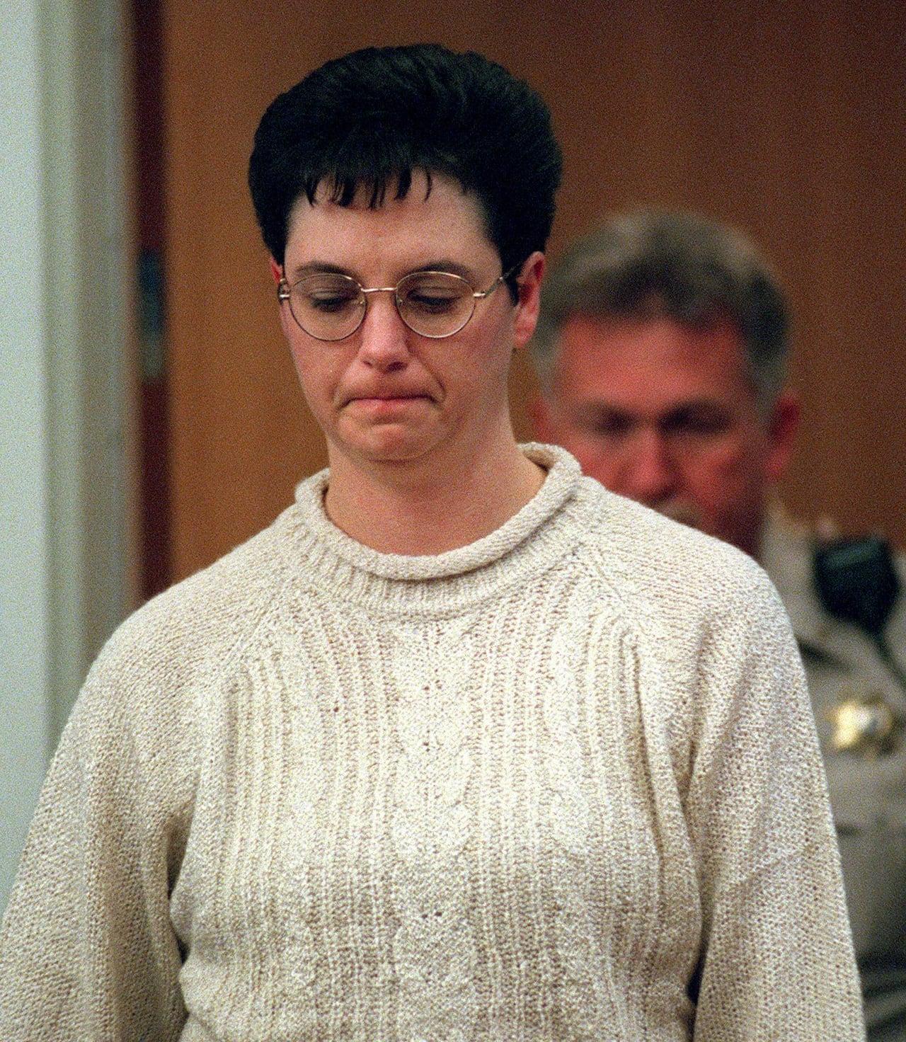 Kelly Gissendaner, Georgia death row inmate, executed   CBC News