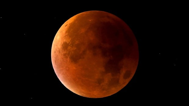 Public Invited to View 'Super Blue Blood Moon'