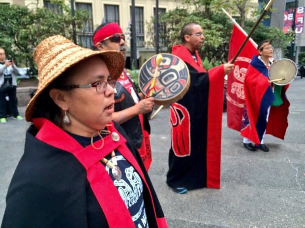 Protesting Northern Gateway pipeline on first day of federal court review