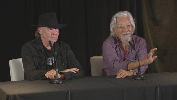 Neil Young backs David Suzuki's Blue Dot campaign | CBC News