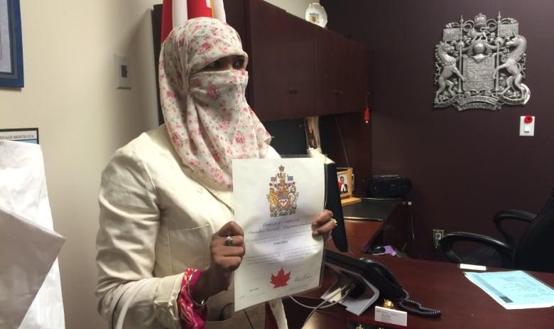 Zunera Ishaq, who challenged ban on niqab, takes citizenship oath