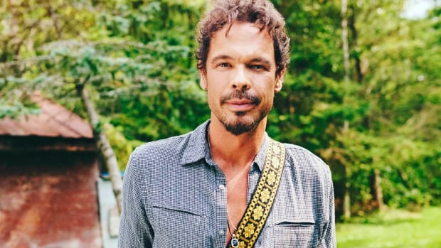 "Big Wreck frontman Ian Thornley will release his new solo album ""Secrets"" in Hamilton at McMaster University's Live Lab on Oct. 30."