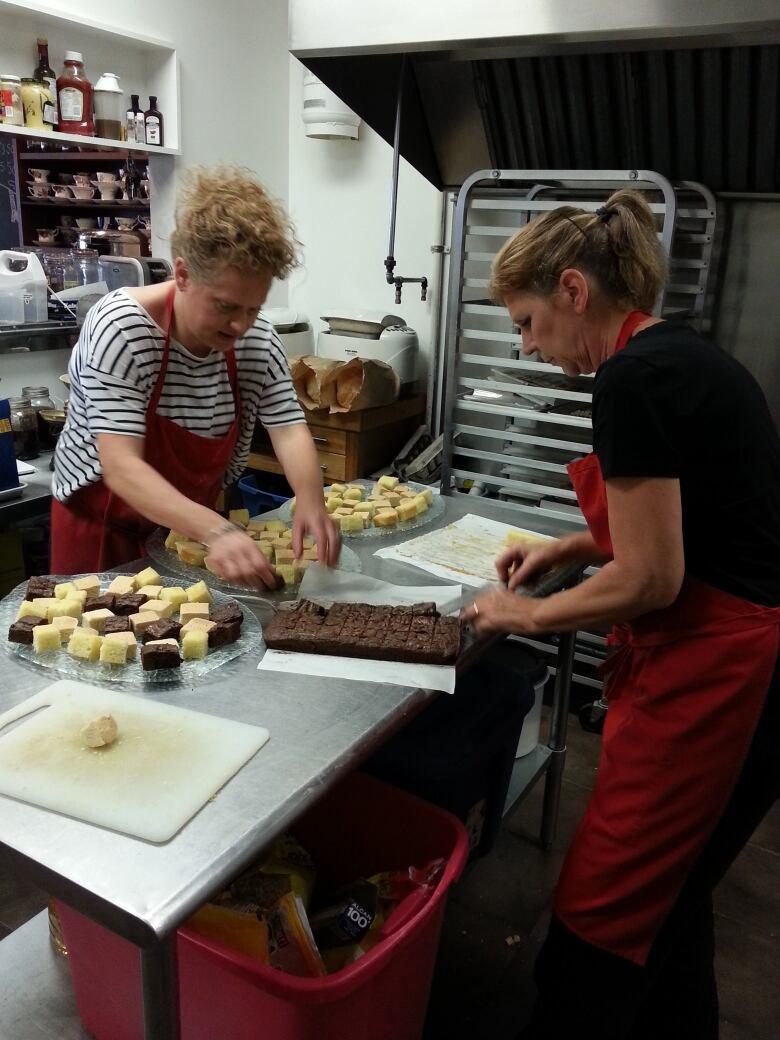 Recipe: Victoria sponge cake, from English Tarts café in Mission