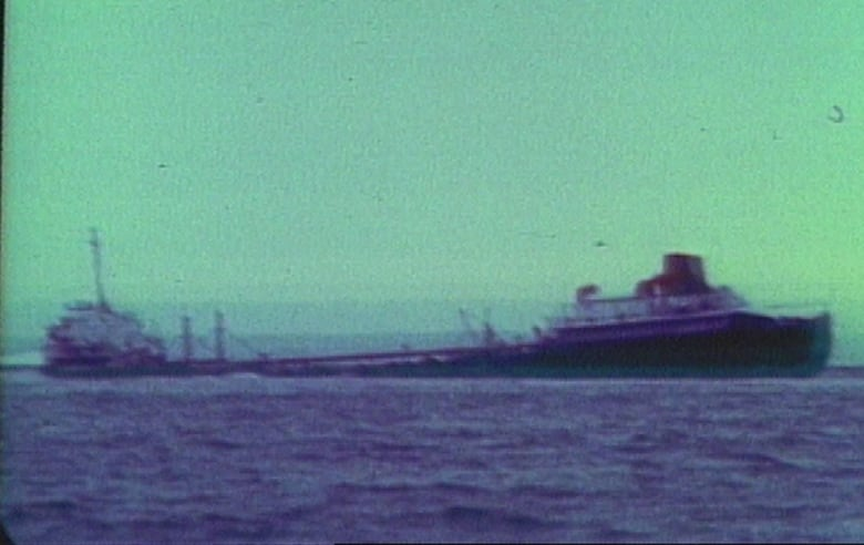 SS Arrow leaks oil in Chedabucto Bay 45 years after sinking off Nova Scotia