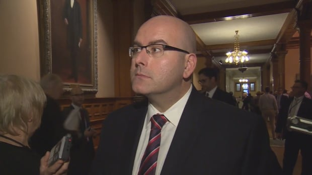 Ontario Transportation Minister Steven Del Duca says it's important for Ontario to be 'at the leading edge' of developing driverless car technology.