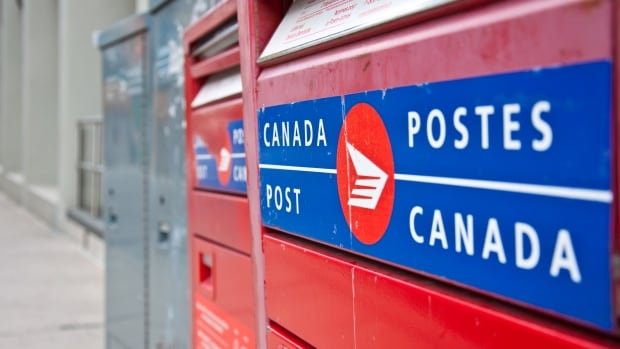 The postal workers union in Stephenville says three permanent workers, and a dozen temporary staff will be affected by changes there.