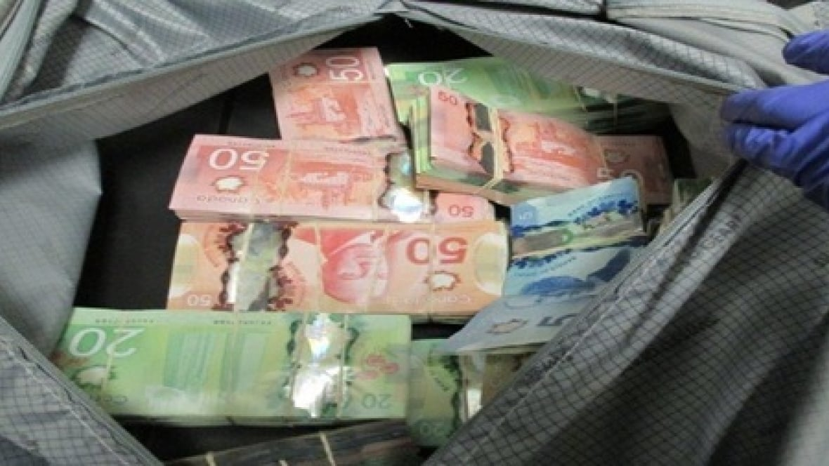 how to cash a money order in canada