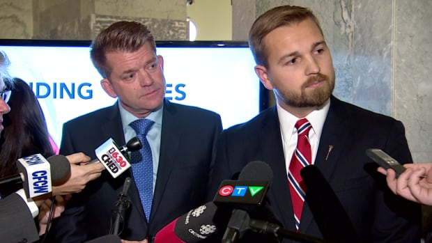 Wildrose finance critic Derek Fildebrandt refused to answer a question from Globe and Mail reporter Carrie Tait after the Alberta budget was unveiled earlier this week.