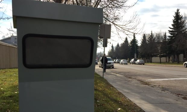 Photo radar camera box & SGI says itu0027s not tricking Saskatoon drivers with fake camera ... Aboutintivar.Com