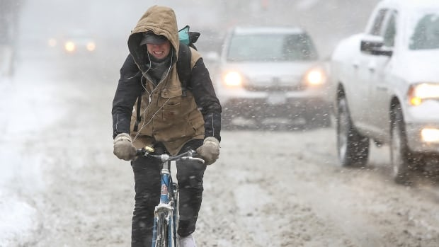 The idea that winter cycling is reserved for extreme, hard-core people is a misconception, say many winter cyclists. They say that if they dress warm and are careful, it's actually quite a pleasant and fun experience.