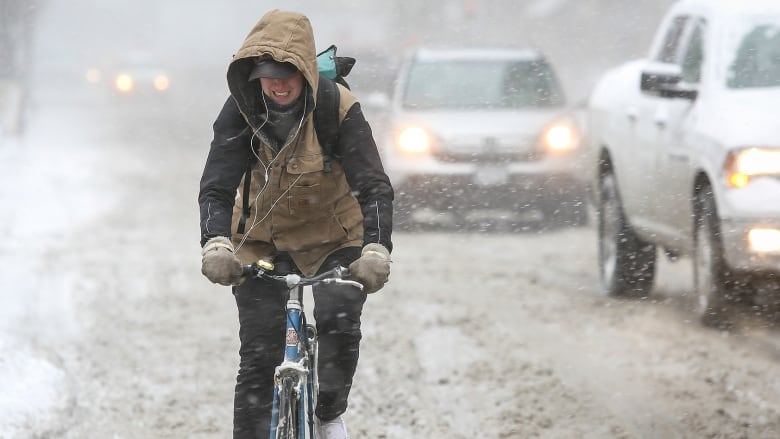 This Is Such Brutal Winter Cant We >> Winter Cycling Good Idea Or Flat Out Insane Cbc News
