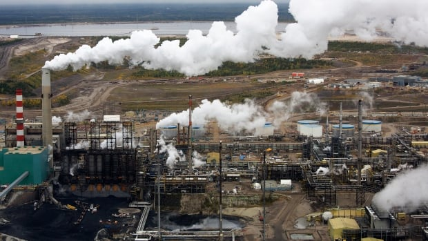 The processing facility at the Suncor oilsands operations near Fort McMurray, Alta. A new report from Oil Change International finds that G20 countries are spending $452 billion US a year subsidizing their fossil fuel industries.