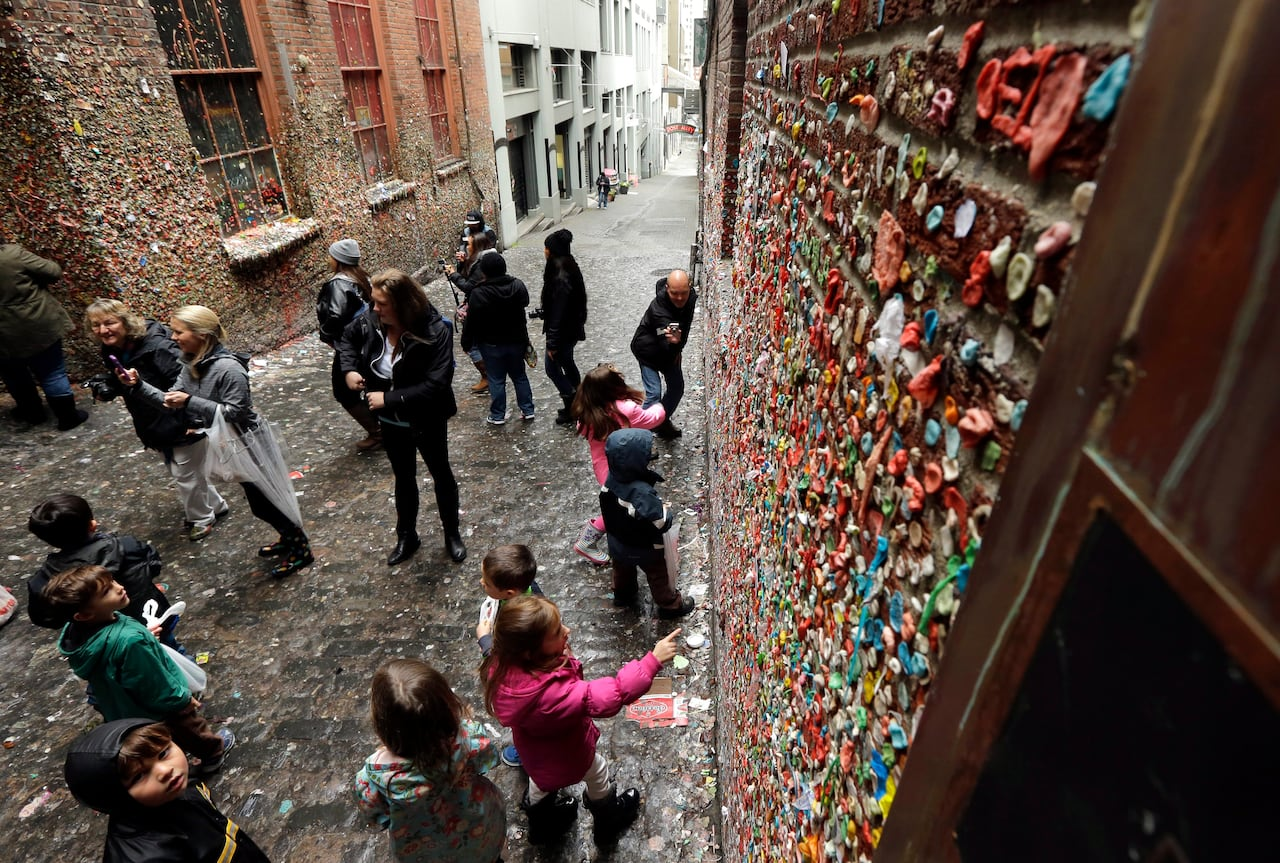 Seattle's gum wall removal upsets Vancouverites - but is this really