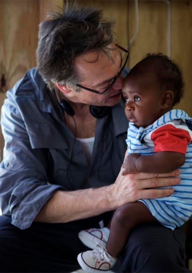 David Gutnick and child - Haiti earthquake 2010