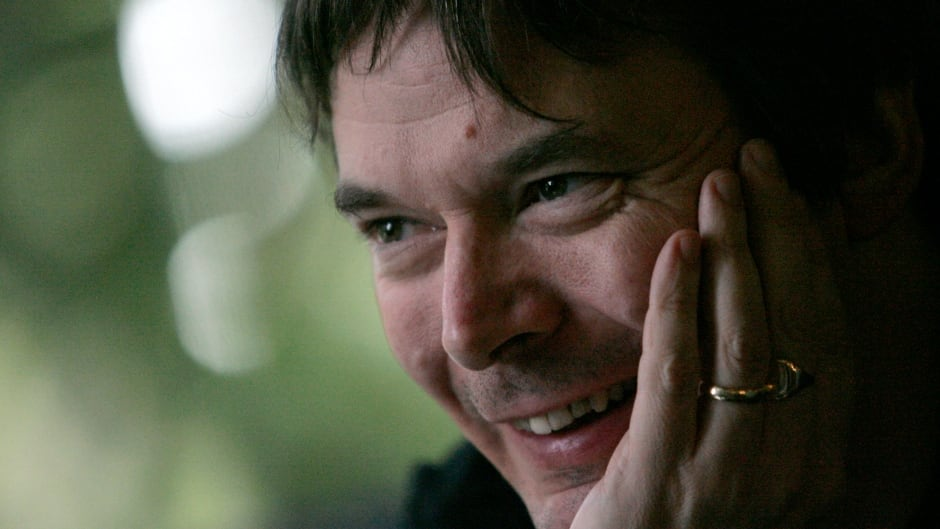 Scottish author Ian Rankin joins Shad to share the music that moves him.