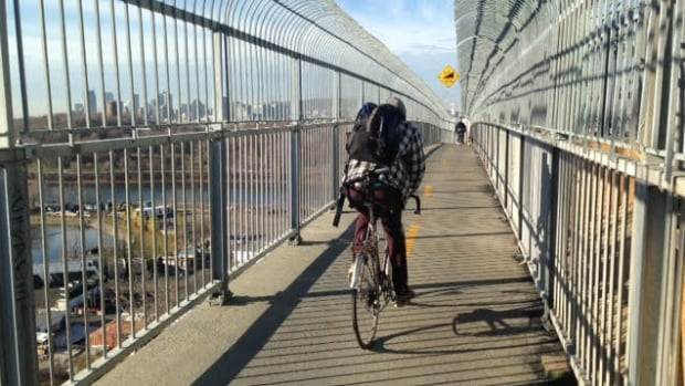 Rejoice, cyclists and pedestrians, for the Jacques Cartier Bridge bike path may be open year-round as early as next year.