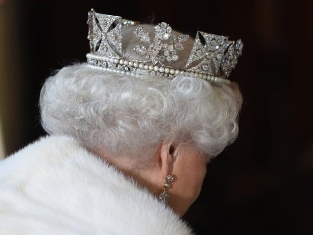 Crown Jewels Queen Elizabeth largest diamonds  collection 2015