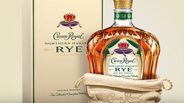 Renowned British whisky writer Jim Murray gave Crown Royal's Northern Harvest Rye a record-tying 97.5 out of 100 points in his 13th annual Whisky Bible.