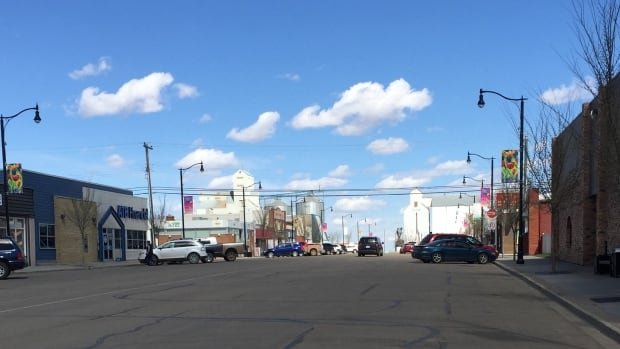 A 10-year-old boy died in a farm accident near the farming community of Killam, Alta., 175 km southeast of Edmonton.