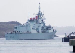 HMCS Fredericton 20091025
