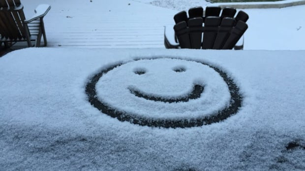 Environment Canada has news that might not put a smile on your face. The weather agency says that snow is coming soon to Hamilton, maybe as early as the Thursday afternoon commute home.