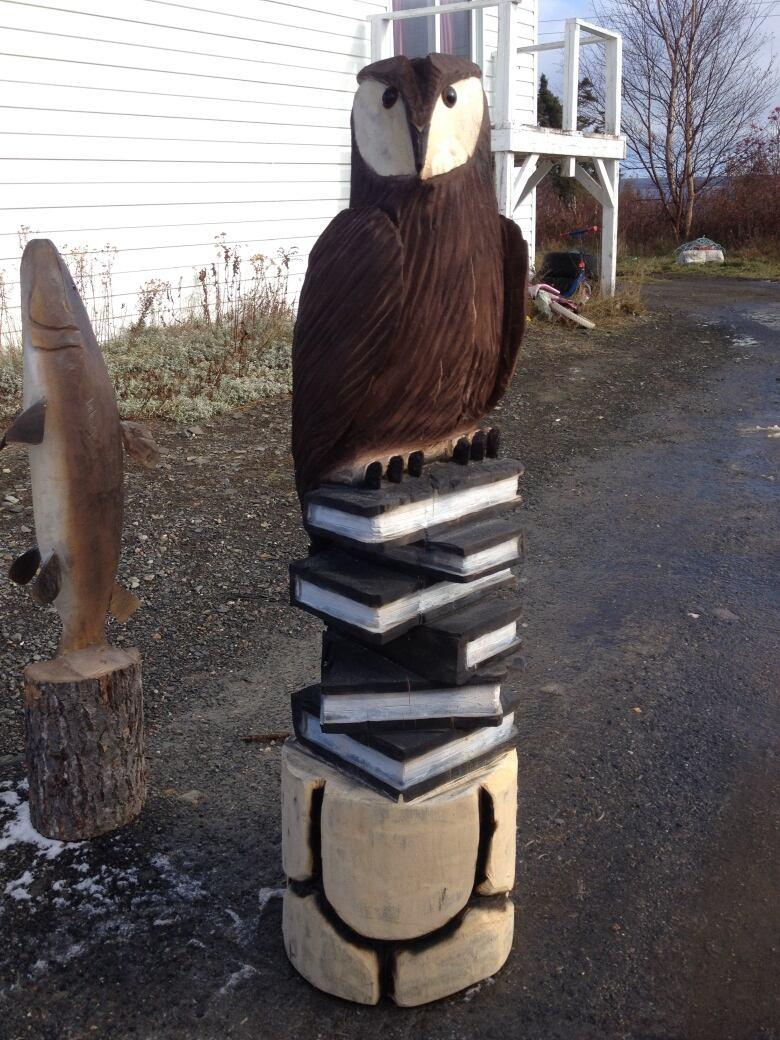 Vtg wood carving sculpture habitant man tuque albert nadeau quebec