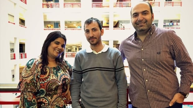 Anas Al Abdullah (c) is a newly-arrived Syrian refugee now living in Toronto.  Ammar Youzbashi is part of the Ripple Refugee project, the private group that is sponsoring Anas and his family to come to Canada. Host Piya Chattopadhyay meets Anas Al Abdullah for the first time.