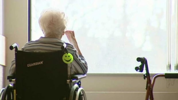 The Advocacy Centre for the Elderly says hospital overcrowding and a shortage of long-term beds are forcing patients in need of care back into the community.
