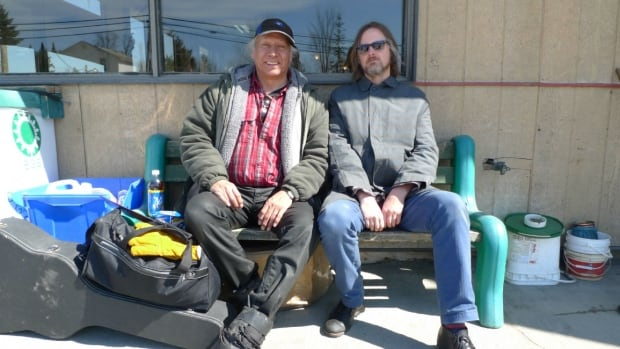 Mohawk/Algonquin musician Willy Mitchell and album producer Kevin Howes.