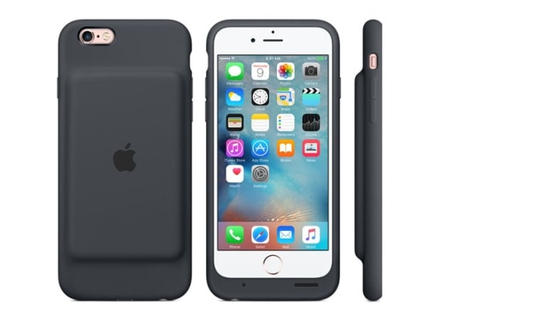 new concept abd48 0228a iPhone smart battery case boosts talk time to 25 hours   CBC News