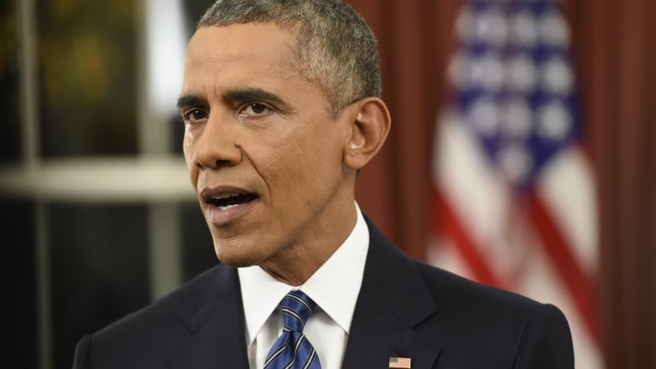 President Barack Obama has called on Silicon Valley to help confront militant groups using social media and electronic communication to plan violent attacks.