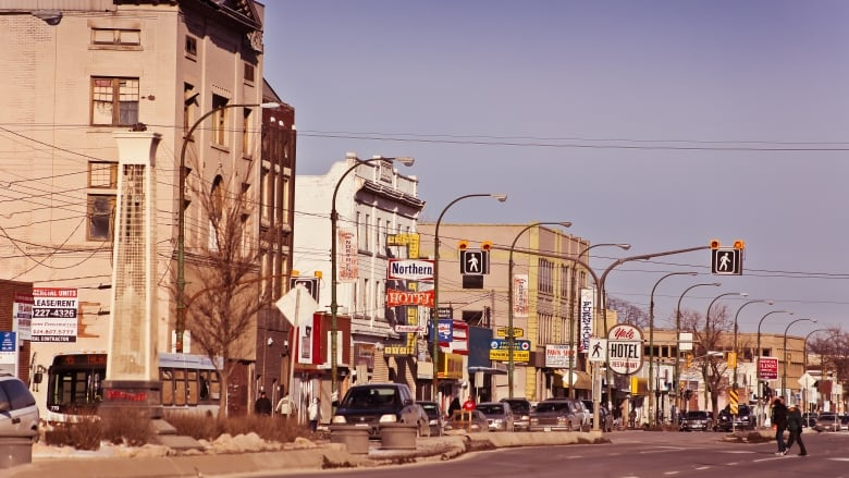 winnipeg s inner city reversing decades of decline report says