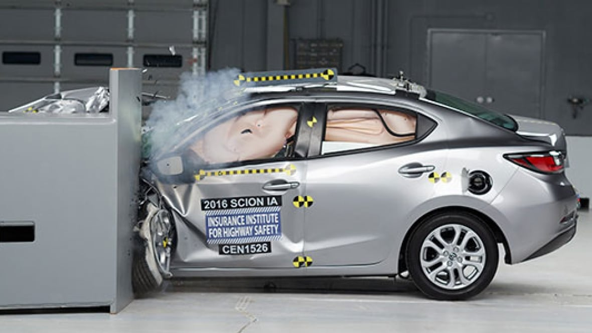 Toyota Tops In Auto Safety Test While U S Makers Lag
