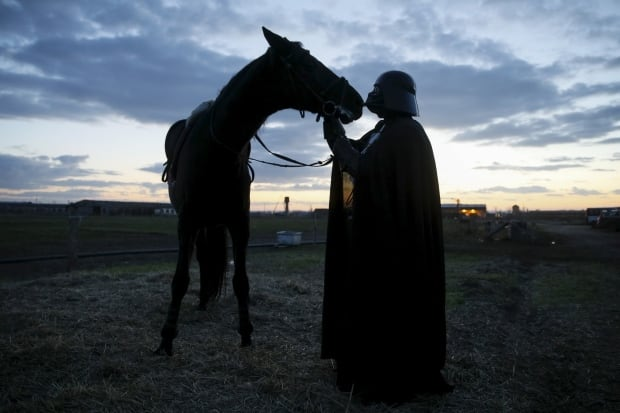 Darth Mykolaiovych Vader Ukraine Star Wars Dec 2015 likes horses