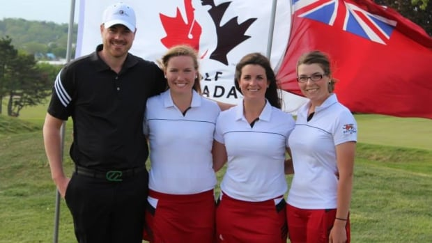 Grace Glofcheskie, shown with her University of Guelph golf coach Brandon McLeod and teammates, was killed by a hit-and-run driver Sunday.