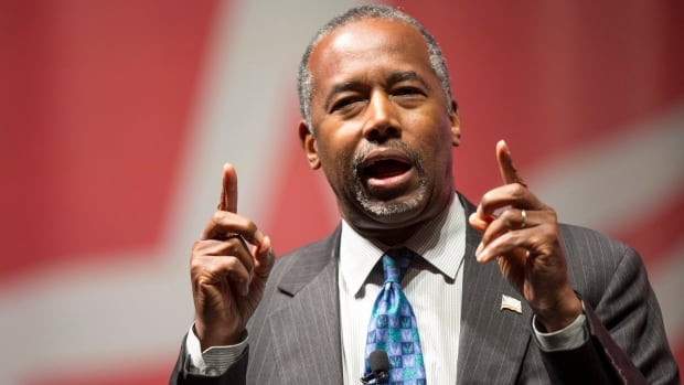 Republican presidential candidate Ben Carson has said U.S. troops should patrol parts of the Canadian border.
