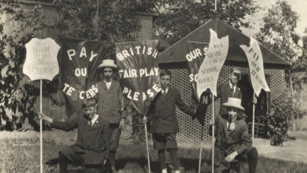 Francophone children protest Regulation 17, which restricted the speaking of French in Ontario schools between 1912 and 1927.