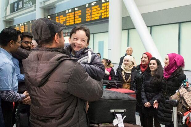 ONT Syria Refugees 20151209