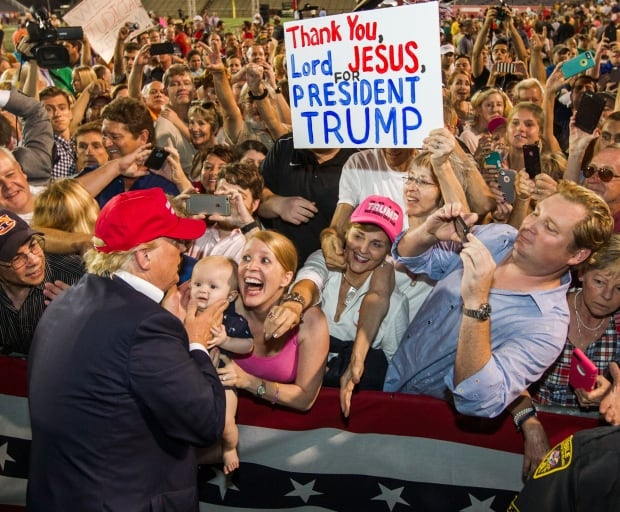 2015 photos of the year Donald Trump Aug 21 Mobile Ala rally