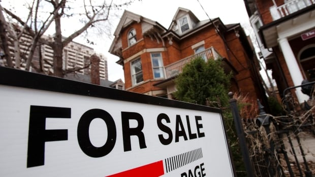 GTA home sales down 35% from February 2017, real estate board says