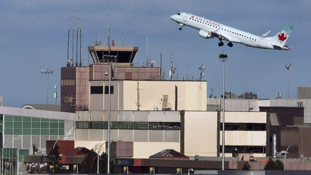 Air Canada says it has reached a tentative contract agreement with the union representing its technical maintenance, airport ramp and cargo personnel.