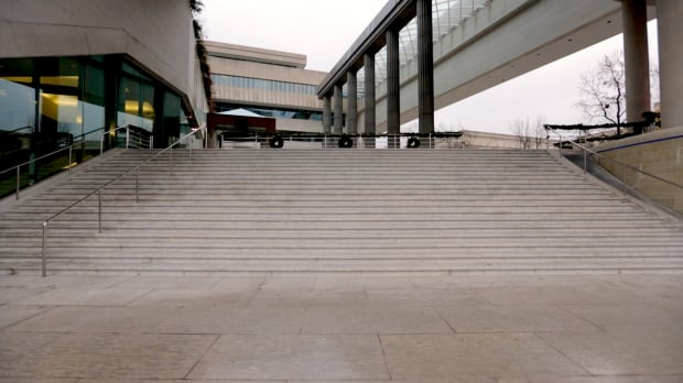 Canadian-Embassy-steps