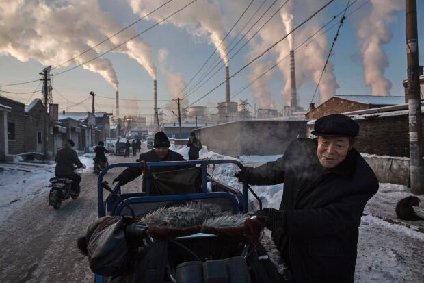 2015 photos of the year Nov 26 China smog Shanxi coal fired plants