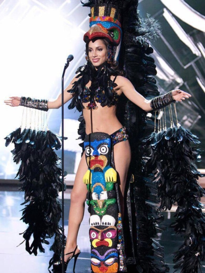 d8d888400ecb8 Miss Universe Canada's dress appears to be based on West Coast totem pole  designs. (Missuniversecanadaofficial/Instagram)
