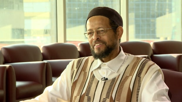 One of North America's most influential Islamic scholars, Imam Zaid Shakir, will address thousands of Muslims at the Metro Convention Centre this weekend for the annual Reviving the Islamic Spirit conference.