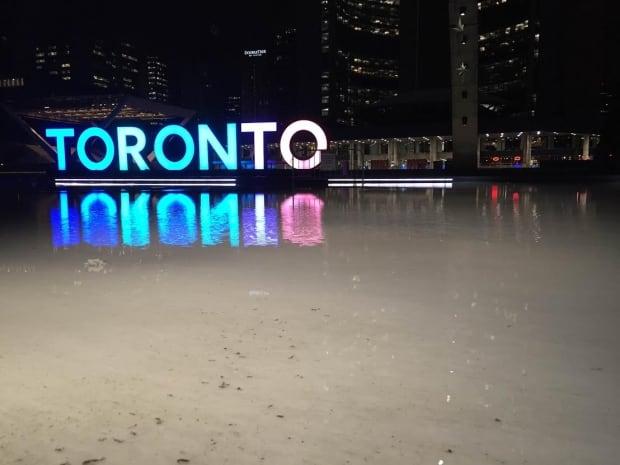 Toronto sign melt
